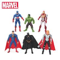 avengers bebek seti toptan satış-6pcs / lot 10.5cm Marvel Oyuncak Avengers Seti Superhero Batman Thor Hulk Kaptan Amerika Eylem Reçine Model Doll Toptan Şekil