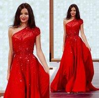 vestido suelto rojo al por mayor-Vestidos de noche rojos con lentejuelas 2020 Un hombro Una línea Vestido de fiesta de tren de barrido que fluye Vestidos de fiesta formales por encargo