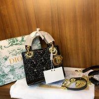 ingrosso una borsa a tracolla-Borsa del progettista Borse a tracolla delle donne di modo borsa di un-spalla della borsa della borsa Nuova borsa di lacca concubina di usura di stile Formato di stile superiore 18 * 20