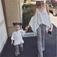 семейный набор подходящего снаряжения оптовых-Fashion Family Matching Outfits Mom Daughter Women Girls Loose Off Shoulder Tops T-Shirt Trousers Set