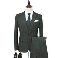 agora se veste venda por atacado-Ternos masculinos são agora populares novos homens de negócios terno xadrez casual terno de três peças (jaqueta + calça + colete) casamento noivo groomsmen vestido