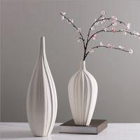 ingrosso vaso di porcellana da regalo-2019 New Arri Chinese Jingdezhen Porcelain Creativity Modern Style Vasi bianchi Vasi in ceramica per la decorazione domestica Regali di nozze 4