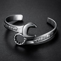 rostfreie schmuck-werkzeuge großhandel-Mode Silber Ton Metalle Werkzeuge Schraubenschlüssel Bangle Edelstahl Biker Harley Armband Einzigartige Designer Band Schmuck