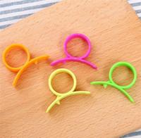 Wholesale orange citrus peeler for sale - Group buy Finger peeler Snail finger ring orange peeler plastic citrus peeler Hot selling Orange peeling deity implement Kitchen Fruit Tools T9I0065