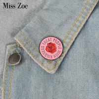 camisa rosa de mezclilla al por mayor-Pink Rose esmalte pin 1D One Direction Harry Styles broche insignia Pin de solapa para Denim Jeans camisa bolsa joyería regalo para fanáticos amigo