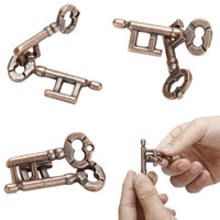 ingrosso i bambini pensano i giocattoli-40 set di alta qualità intelligente blocco giocattolo cervello tester sviluppo in lega chiave anello puzzle gioco per bambini Kid IQ test di prova chiave di puzzle