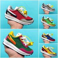 zapatos juveniles para niños al por mayor-Nike X SACAI LD Waffle zapatos grandes de los niños Sacai x LDV Waffle paquete de los zapatos corrientes de pino verde Triple Negro Verde Gusto SACAI LDV Waffle muchachas