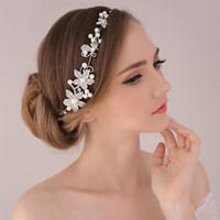 başörtüsü taç saç aksesuarları kafa bandı toptan satış-Şık Tiara Hairwear Gümüş İnci Kafa Kristal Saç Takı Düğün Saç Aksesuarları Romantik Gelin Başı Zinciri Headdress