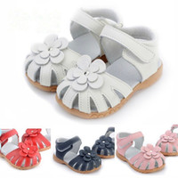 2019New Genuine Leather Girls Sandals Summer Baby Walker Shoes For Rivet Flower Hollow Antislip Soft Bottom Kids Toddler Sandals