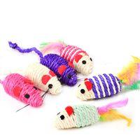 miezekatze maus großhandel-Katzenspielzeug Maus Form Sisal Pet Kitty Katze Schleifkrallen Sisal Seil Streifen Ratte Katzenspielzeug