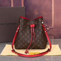 Wholesale cross shoulder cell phone bags for sale - Group buy 2019 new shoulder bags leather bucket bag women famous brands designers handbags high quality Cross Body