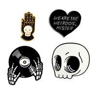 ingrosso spilla nuova lega-New Rock Skull CD Haloween lega goccia di olio Spilla Pin dei jeans decorazione delle donne di Halloween gioielli ghoul