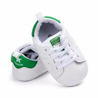 Wholesale children plastic shoes resale online - Classic Children Baby Kids Boy Girl Floor Shoes Autumn Fashion PU Plaid Non Slip Soft Toddlers First Walkers