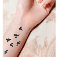 Wholesale finger tattoos designs resale online - Women Sexy Finger Wrist Flash Fake Tattoo Stickers Liberty Small Birds Fly Design Waterproof Temporary Tattoos Sticker