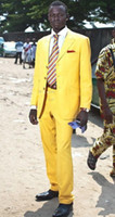 ingrosso vestiti di colore giallo per gli uomini-Three Buttons Yellow Men Suits Matrimonio / Abiti da ballo Occasioni per la sera (giacca + pantaloni)