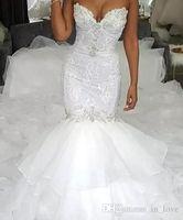 encaje de organza con volantes al por mayor-Vestido nupcial del vestido de lujo del diseño del tamaño vestidos de novia de sirena sin tirantes de partida de encaje niveles volantes de organza de tren capilla de boda Plus