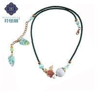 цветные чокеры оптовых-Ethnic Handmade Chokers Necklace Shell Flower Gradient Colored Glass Leaves Rope E merald Green Bead Female Accessories DL-18058