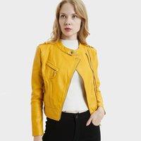 gelber kurzer trenchcoat großhandel-2020 Frühling-Frauen Jacke veste femme Gelb Schwarz Lederjacke Art und Weise beiläufige Mäntel O-Ansatz Zip-Up Short Trenchcoat UKI1015