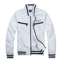 ingrosso cerniera coreana della giacca bianca-Nero bianco maschio Primavera e autunno Zipper abbigliamento invernale Slim fit Giacca a giacca a vento sezione sottile Giacca coreana da uomo EEAA77