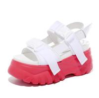 sohle pu sandale großhandel-Heißer Verkauf-Neue Plattform frauen Sandalen 2019 Mode Sommer Leder Schnalle Frauen 8 cm Dicken Sohlen Strand Sandale Lässig Chunky Weibliche Schuhe