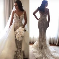 Wholesale crystal brides dress dubai resale online - Gorgeous Luxury Lace Mermaid Wedding Dresses With Detachable Train Spaghetti Backless Trumpet Beach Arabic Dubai Bride Wedding Gown