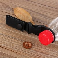 taktisches nylongewebe großhandel-Outdoor Wandern Tragbare Tactical Nylon Gurtband Schnalle Haken Flaschenhalter Clip EDC IS0312