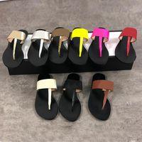flip flops farben großhandel-Echtes Leder Frauen Designer Sandale Luxus Flip Flops Metall Sommer Slipper Größe 34-42 mit Box 9 Farben