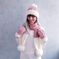 gorro de pompón rosa de invierno al por mayor-Las mujeres caliente del invierno suave sombrero de la bufanda del guante sólido conjunto rosa casual blanca Pompom Beanie Sombreros invierno de las muchachas linda de la manera