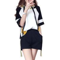 ingrosso le parti superiori libere di modo coreano-Leisure Streetwear Set da donna Estate 2018 Nuova moda coreana allentata Sottile a maniche corte Tops Mini Shorts Trend a due pezzi Donna Y19062701