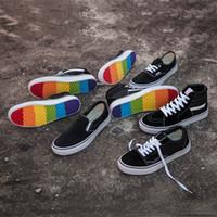ingrosso scarpe di tela scarpe pu sole nero-2018 DT Canvas Shoes Sk8-Hi Slip-on Fashion Deisgner Nero Bianco Arcobaleno Scarpe casual senza suola