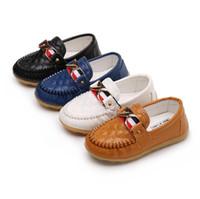 mocassins en cuir tout-petits achat en gros de-Printemps enfants chaussures Garçons Filles Simple Chaussures Casual En Cuir PU Enfants Mocassins Filles garçons baskets respirantes bambins 1-5 ans Shi gratuit