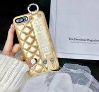 handgelenkbandtelefone großhandel-Luxustelefonkasten für Iphone XS MAX mit Handgelenkband Telefonkasten für Iphone Markendesigner Telefonkasten für iPhone X XS XR 6 6S 7 8 Plus A10