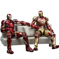 demir adam filmi figürleri toptan satış-Demir Adam Avengers Action Figure Rakamlar Kanepe Ortak Hareketli Modeli Ile Ünlü Serin Film Süper Kahraman Çocuklar 62tj D1