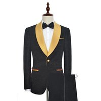 traje de noche de la tarde al por mayor-Traje de hombre a rayas negro para los smokinges de la boda 2019 de oro del mantón de la solapa de la tarde del baile de fin de curso de los hombres trajes de chaqueta de dos piezas hombre Blazer