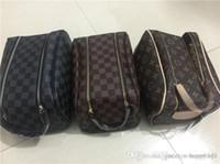 marka makyaj yapmak toptan satış-Kadınlar kozmetik çantaları organizatör moda marka makyaj çantası tasarımcı seyahat çantası makyaj çantası bayanlar cluch çantalar organizador tuvalet çanta 4 adet