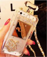 ingrosso catena di casi iphone 5s-Custodia per cordino per bottiglia di profumo con catena di diamanti in cristallo di lusso Bling per iPhone 5S SE 6S Plus 7 8Plus X XS MAX XR Custodie per telefoni