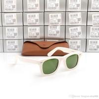 lunettes de soleil vertes monture blanche achat en gros de-Lunettes de soleil de haute qualité Plank White Frame Green Lens Lunettes de soleil charnière en métal Lunettes de soleil Hommes Femmes lunettes de soleil Designer unisexe lunettes de soleil