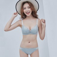 53d6f384a3 2019 Fashion new sexy ladies bra three rows of buckles without rims  embroidery lace comfortable storage and adjustment underwear bra175104