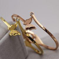 hochwertige aaa schmuck großhandel-2019 Armbänder Frauen Großhandel AAA Zirkonia Schmetterling Armreifen Schmuck Luxus Hohe Qualität 18 Karat Gold Überzogene Legierungsarmbänder