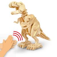 hölzerne dinosaurier großhandel-Großhandel Walking T-rex Sound Control 3D Holz Montage Dinosaurier Spielzeug Geschenk für Kinder Teenager Erwachsene D210