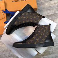zapatos de cuero para hombre a pie al por mayor-Zapatillas de hombre Zapatos de diseño para hombres Moda Diseñador de lujo zapatos de hombre zapatos casuales zapatos de diseñador de alta calidad para hombres