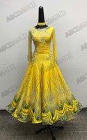 traje moderno amarillo al por mayor-Vestido de baile de salón Color amarillo Danza moderna Traje de salón de manga larga Vestido estándar nacional de vals