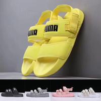 sandalias amarillas chicas al por mayor-2019 Leadcat YLM hombre para mujer diseñador sandalias de moda rosa amarillo negro zapatillas damas niños niñas deportes al aire libre toboganes zapatos de playa