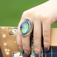 anillos masónicos de boda caliente al por mayor-Real Antique Silver Plated estilo bohemio hecho a mano para mujer Big Magic Mood Oval anillo de piedra para regalo MJRS033