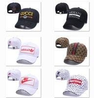 casquettes de rue hip hop achat en gros de-Casque de luxe papa casquettes de luxe papa casquettes ajustées chapeaux rue casquettes hip hop casquettes de luxe ajustables DF13G5
