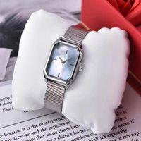 женва часы серебряные оптовых-Лучшие моды для женщин часы Женева роскошные часы моды стали ремешок серебряные часы кварцевые часы Часы HOMBRE элегантная дама часы высокого качества