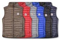 chaqueta de plumas al por mayor-Los hombres clásicos de invierno abajo concede las chaquetas para hombre de la capa de plumas Weskit chalecos de la chaqueta ocasional del hombre desgaste externoMONCLERF34D