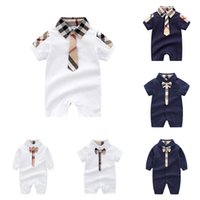 baby plaid onesies großhandel-Neugeborenes Baby Strampler 6 Design Baumwolle Hohe Qualität Plaid Overall Kinder Designer Kleidung Boy Onesies Infant Baby Krawatte Revers Body 06