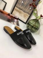 chinelos de couro esportivo venda por atacado-Sapatos casuais dos homens e das mulheres de couro real da moda plana e calçados esportivos das mulheres tênis de corrida sneakers Chinelos sandálias abaabbhot