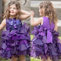 flor púrpura vestidos de lentejuelas al por mayor-Purple Infant Mini Short Flower Girls Vestidos Toddler Kids Ruffles Baby Girls Glitz Sequins Pageant Cupcake Gowns